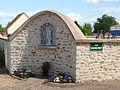 Boutervilliers-FR-91-mur du cimetière-02.jpg