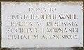 Bratislava latinska tabula na soche sv Juraja.jpg