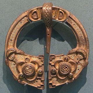 Celtic penannular brooch