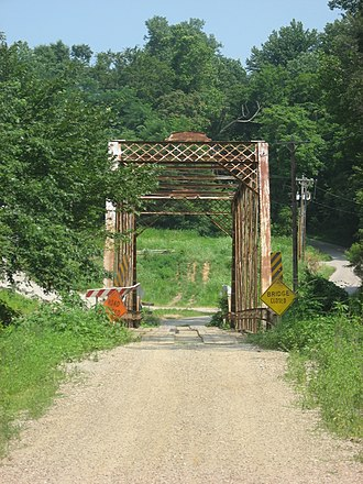 Little Pigeon River (Indiana) - Bridge over the river near Yankeetown