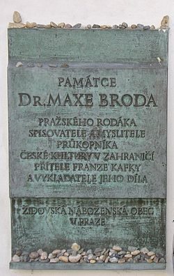 Bronze plaque commemorating Max Brod, Prague.JPG