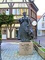Bronzestatue der Kaiserin Maria Theresia.jpg