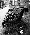 Buckingham bench - Flickr - bicccio.jpg