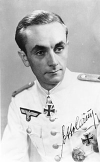 Oberleutnant Otto Carius in the summer white tunic (neue Art)[6] - World War II German uniform