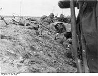 Bundesarchiv Bild 183-2006-1204-507, Spanien, Schlacht um Guadalajara.jpg