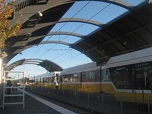 Burbank station - Image: Burbank Station Platforms and Trains