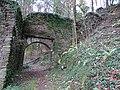 Burg Neu-Leonroth Vorburg Tor aussen 2.jpg