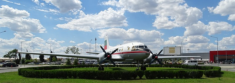 File:Burgas Ilyushin IL-14P LZ-ILE 05.jpg