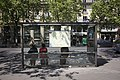 Bus stop in Paris, 2009.jpg