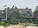 Bush Summer Home (794931446).jpg