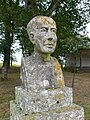 Busto de Xosé Rodríguez González en Bermés.JPG