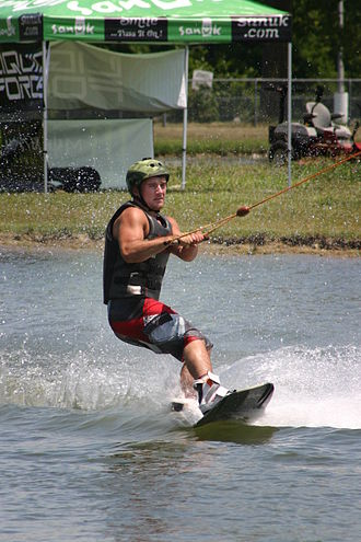 Wakeboarding - Image: Cable wakeboarding at Wake Nation in Fairfield, Ohio near Cincinnati