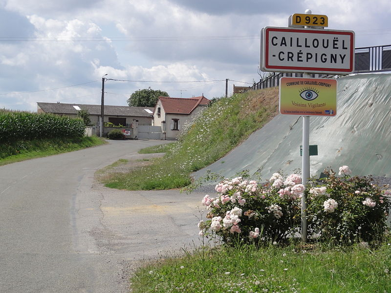 Caillouël-Crépigny (Aisne) city limit sign