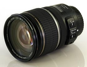 Image illustrative de l'article Canon EF-S 17-55mm