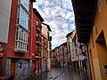 Canton de Santa Maria, fachadas rojas.jpg