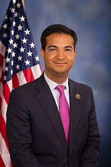 Carlos Curbelo official photo.jpg