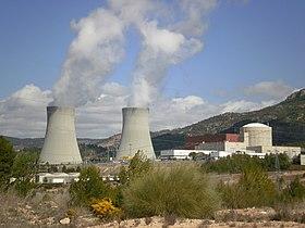 Central Nuclear de Cofrentes - panoramio (1).jpg