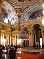 Ceremonial hall Dolmabahce March 2008 pano3.jpg