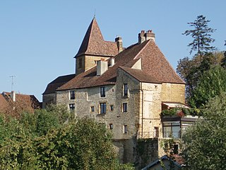 Au Jardin du Château Bontemps dans CHATEAUX DE FRANCE 320px-Ch%C3%A2teau_Bontemps_%28arri%C3%A8re%29