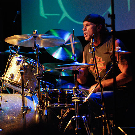 Chad Smith became the band's drummer through open auditions in November 1988 replacing D. H. Peligro Chadsmithclinic.jpg