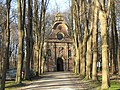 Chapel in early spring - panoramio.jpg
