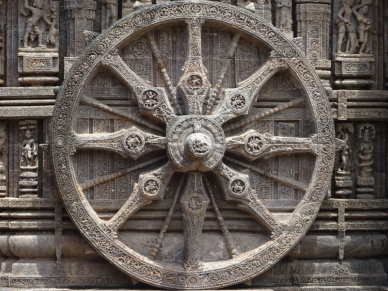 800px-Chariot_wheel_of_Konark_temple.JPG