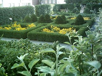 Château Ramezay - Château Ramezay's gardens