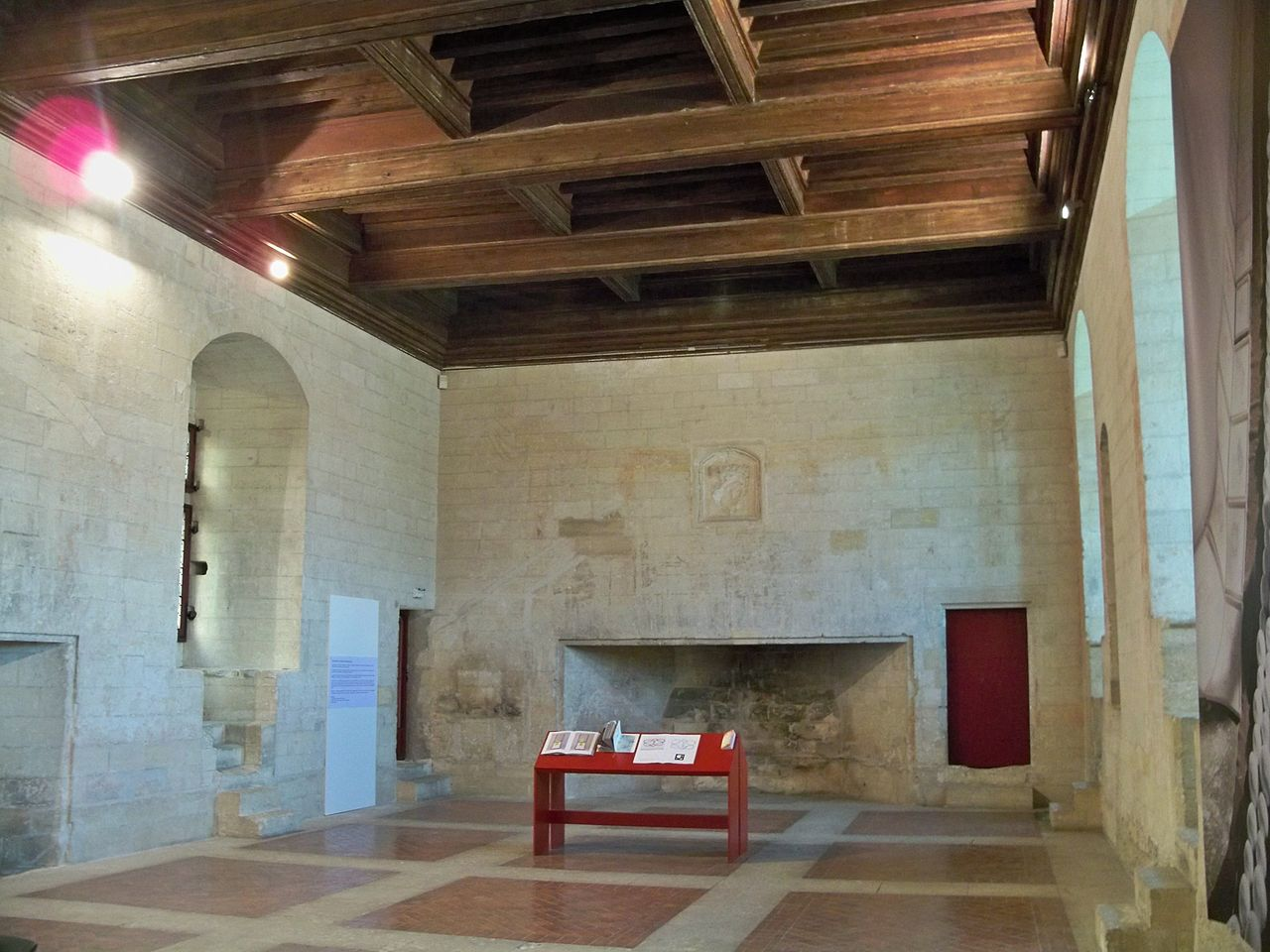 file chateau tarascon salles des festins jpg wikimedia commons
