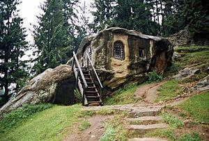 Daniil Sihastrul - Daniil's cave.