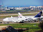 China Air Lines 747-400 B-18211 at TPE (28371300361).jpg