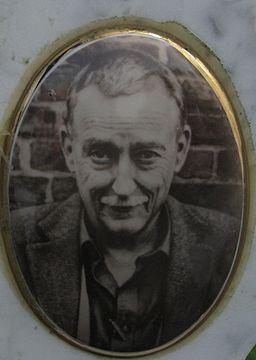Christian Geissler (Portrait auf einem Porzellanbild)