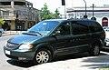 Chrysler Town & Country LXi 2003 (38650418685).jpg