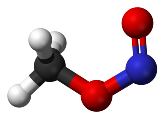 Methyl nitrite - Image: Cis methyl nitrite 3D balls