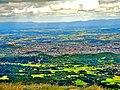 Clermont-Ferrand, vu du sommet du Puy-de-Dôme. (1).jpg