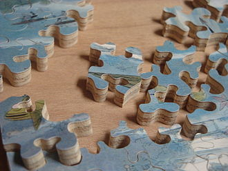 Jigsaw puzzle - Wooden jigsaw pieces, cut by hand