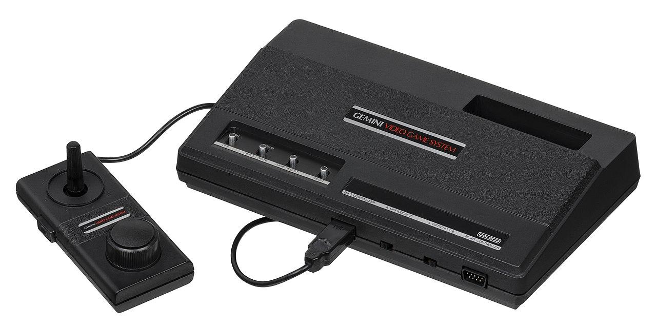 Adaptateur n°1 Colecovision 1280px-Coleco-Gemini-Console