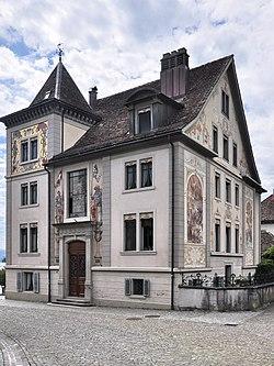 Curti-Haus - Rapperswil Curti-Platz 2011-08-06 15-17-26 ShiftN2.jpg