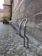 Dülmen, St.-Viktor-Kirche, Fahrradständer -- 2020 -- 6785.jpg