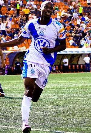 DaMarcus Beasley - Beasley playing for Puebla in 2011