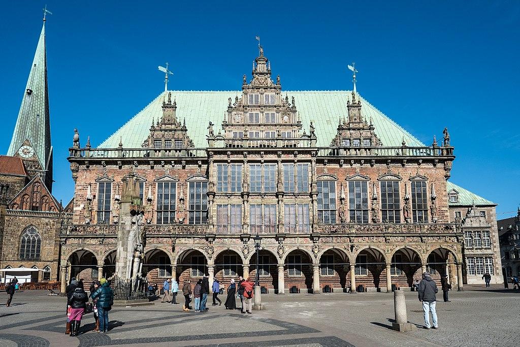Bremer Rathaus und Roland am Marktplatz in Bremen