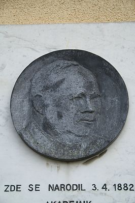 Detail of plaque of Vincenc Lesný in Komárovice, Třebíč District.JPG