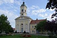 Deutsch Jahrndorf evang Pfarrkirche und Pfarrhof.jpg