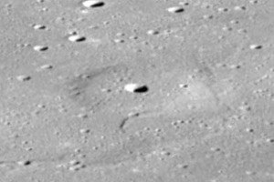 Donna crater Omega Cauchy as08-13-2344hr