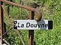 Douyne Montauriol est bourg panneau.jpg