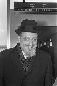 Dr. Immanuel Jakobovits , opperrabbijn van Engeland, kop, Bestanddeelnr 922-2261.jpg