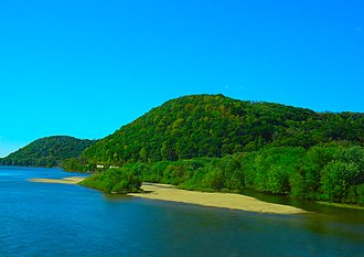 Driftless Area - Wisconsin River in the Driftless Area
