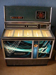 Jukebox device to play music singles with
