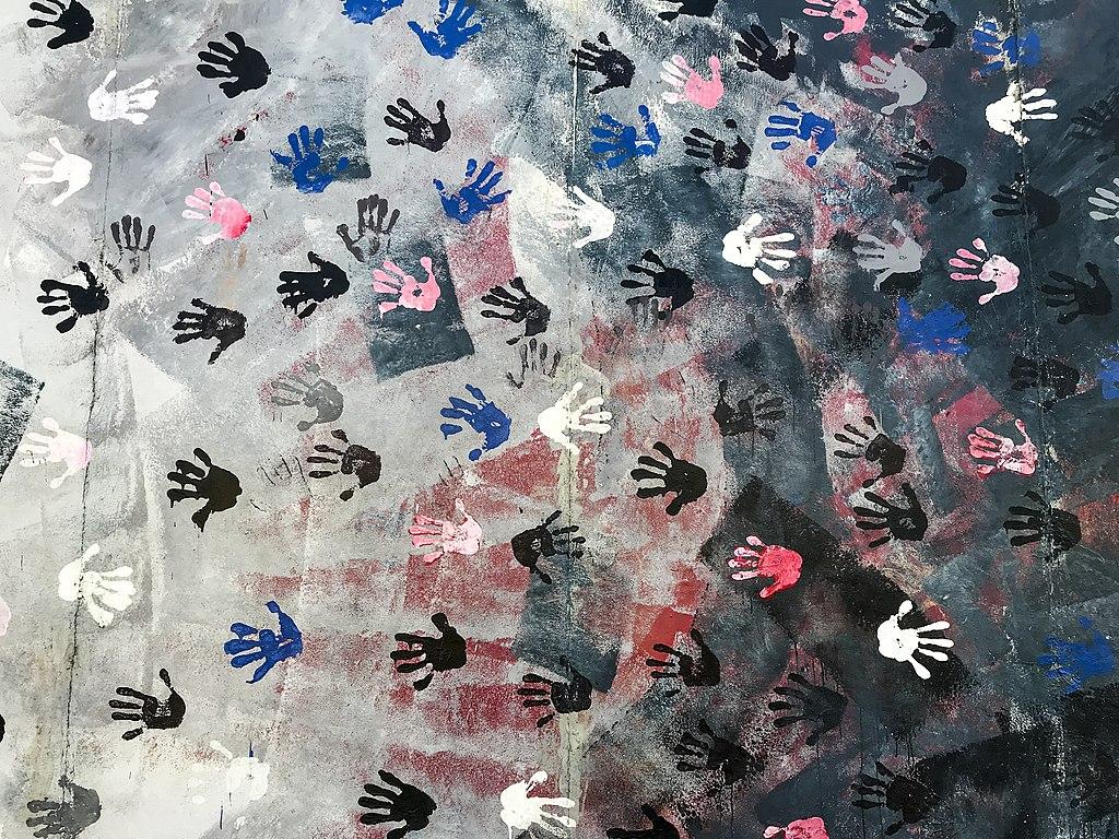 East Side Gallery - Graffiti on Berlin Wall 01