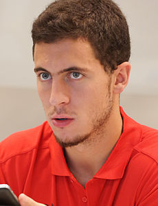 Eden Hazard at Samsung (cropped).jpg