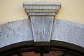 Eingangstür Schlussstein (Wasserleith).jpg